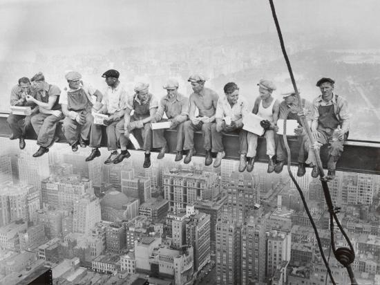 charles-c-ebbets-lunch-atop-a-skyscraper-c-1932