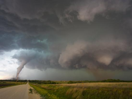 charles-doswell-two-tornadoes-near-zurich-kansas