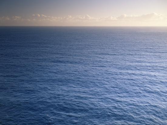 charles-gurche-pacific-ocean-maui-hawaii-usa
