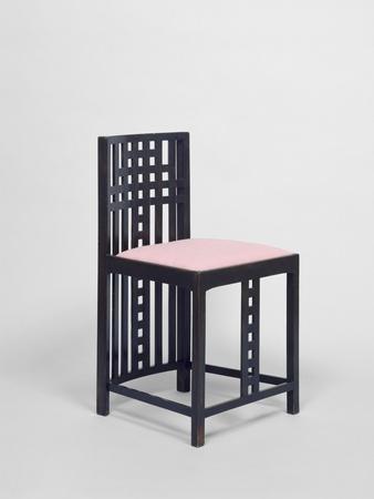 Partie d 39 un mobilier de chambre coucher chaise for Chambre a coucher kolea facebook