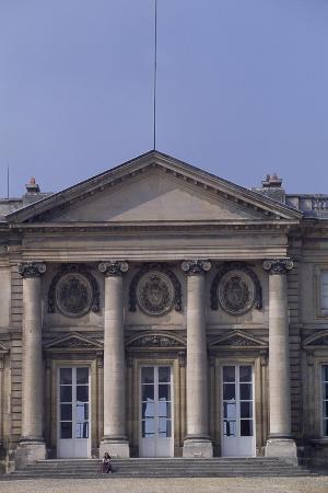 chateau-de-compiegne-rear-facade-picardy-detail-france