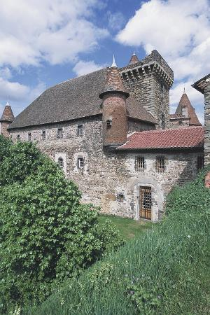 chateau-of-lespinasse-12th-century-auvergne-france