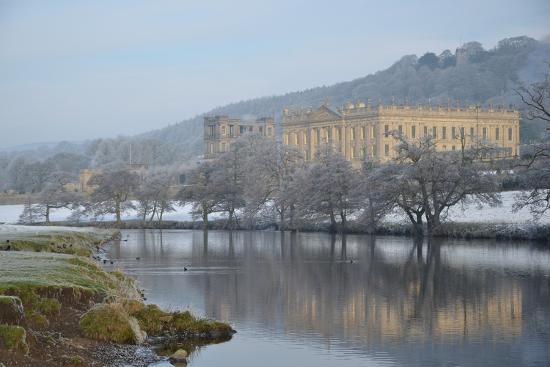 chatsworth-house-from-the-southwest-over-the-river-derwent-derbyshire
