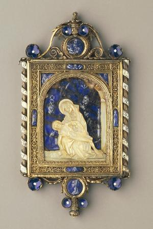 chiselled-gilded-silver-pendant-plaque-set-with-pearls-and-mother-of-pearl
