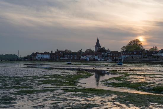 chris-button-a-view-of-bosham-in-west-sussex