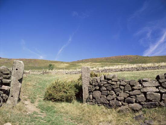chris-nicholson-bamford-edge-peak-district-derbyshire-england-united-kingdom