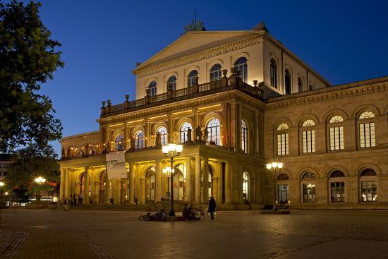 chris-seba-germany-lower-saxony-hannover-landestheater-evening