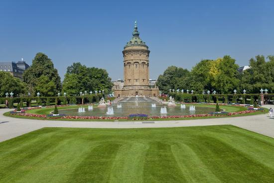 chris-seba-germany-the-rhine-baden-w-rttemberg-mannheim-city-centre-water-tower
