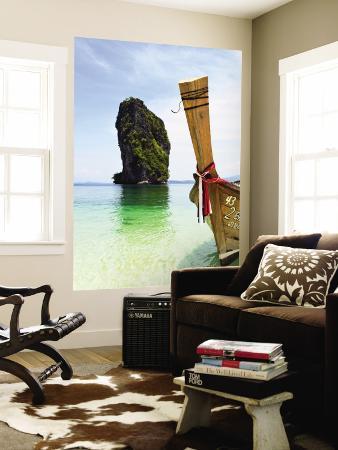 christian-aslund-wooden-boat-and-limestone-island-surrounding-poda-island