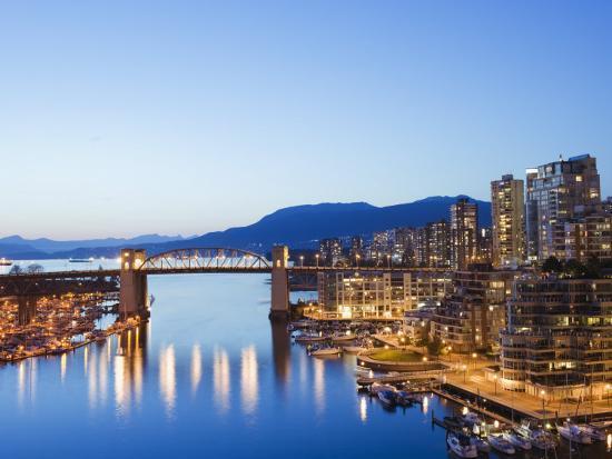 christian-kober-illuminated-buildings-in-false-creek-harbour-vancouver-british-columbia-canada-north-america