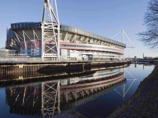 christian-kober-reflection-of-millennium-stadium-in-river-taff-cardiff-wales-united-kingdom-europe