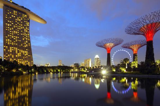christian-kober-south-east-asia-singapore-south-east-asia-singapore-gardens-by-the-bay-and-marina-bay-sands