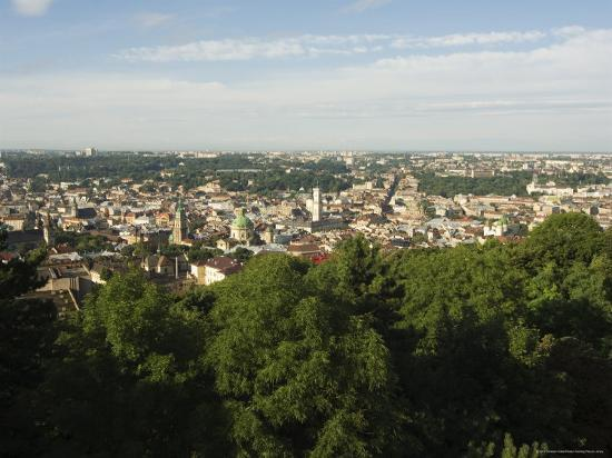 christian-kober-view-of-old-town-from-castle-hill-unesco-world-heritage-site-lviv-ukraine