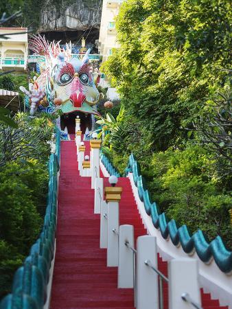 christian-kober-wat-ban-tham-the-dragon-temple-kanchanaburi-thailand-southeast-asia-asia
