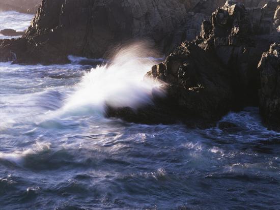 christopher-talbot-frank-california-big-sur-coast-a-wave-crashes-against-rocks-on-the-ocean