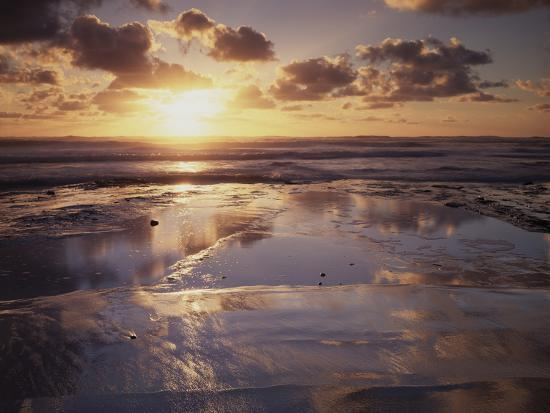 christopher-talbot-frank-california-san-diego-sunset-cliffs-sunset-reflecting-in-tide-pools