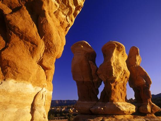 chuck-haney-devils-garden-in-the-grand-staircase-escalante-utah-usa