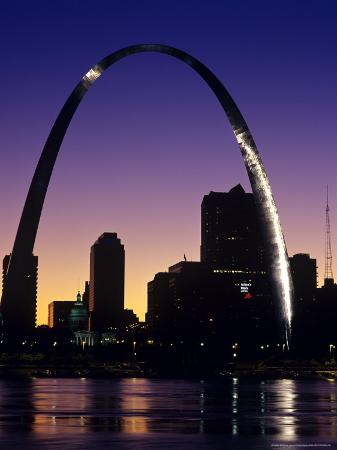 chuck-haney-looking-across-the-mississippi-river-to-st-louis-usa