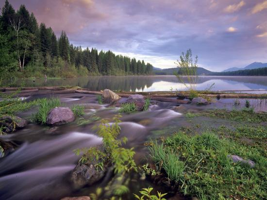chuck-haney-lower-stillwater-lake-in-the-flathead-national-forest-montana-usa