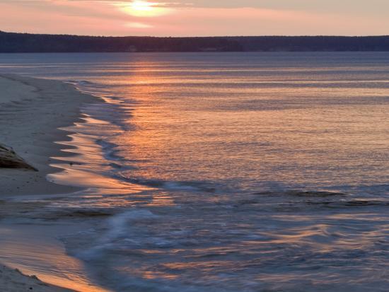 chuck-haney-miners-beach-at-pictured-rocks-national-lakeshore-munising-michigan-usa