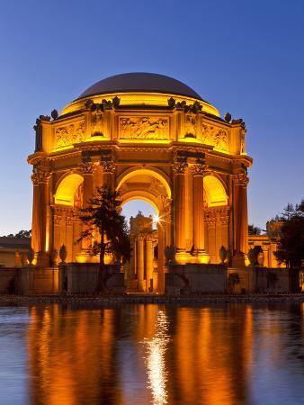 chuck-haney-palace-of-fine-arts-at-dusk-in-san-francisco-california-usa