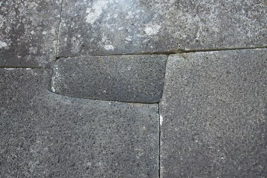 cindy-miller-hopkins-chile-easter-island-vinapu-ceremonial-platform-with-slabs-of-basalt