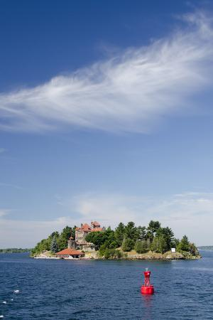 cindy-miller-hopkins-singer-castle-american-narrows-st-lawrence-seaway-thousand-islands-new-york-usa