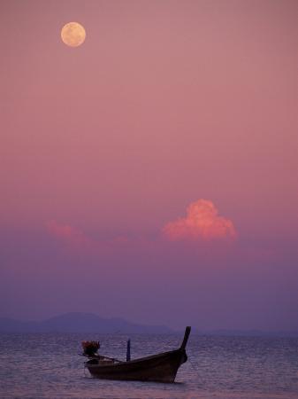 claudia-adams-full-moon-and-sunset-behind-fishing-boat-phi-phi-island-thailand