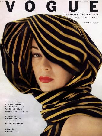 clifford-coffin-vogue-cover-july-1951-wrapped-in-black-and-gold