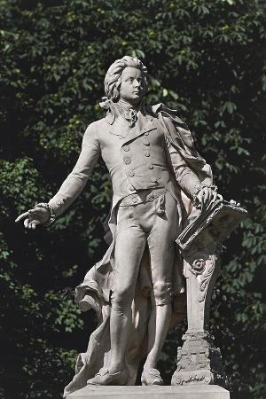 close-up-of-a-statue-mozart-statue-vienna-austria