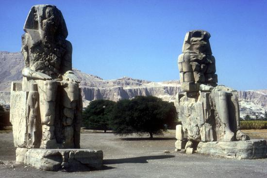 cm-dixon-frontal-view-of-the-colossi-of-memnon-luxor-west-bank-egypt-c1400-bc