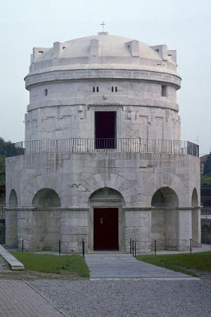 cm-dixon-the-mausoleum-of-theodoric-6th-century