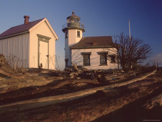 colin-brynn-point-robinson-lighthouse-vashon-island-washington-state-united-states-of-america-north-america