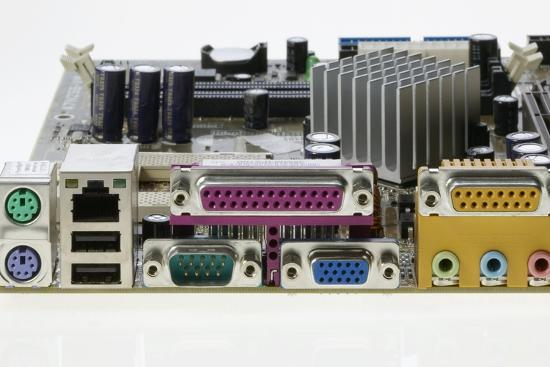 colin-cuthbert-motherboard-connectors