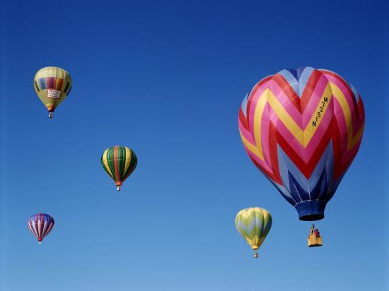 colorful-hot-air-balloons-in-sky-albuquerque-new-mexico-usa