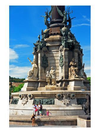 columbus-monument-on-the-placa-del-portal-de-la-pau-barcelona-catalonia-spain