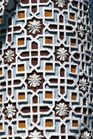 column-with-decorations-kashgar-china-detail