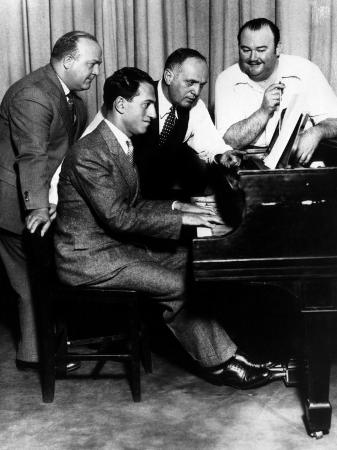 composer-george-gershwin-at-the-piano-1930