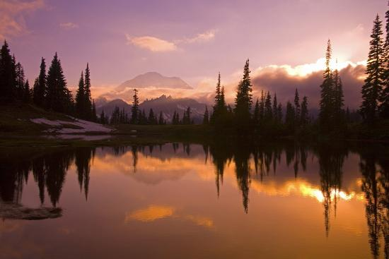 craig-tuttle-tipsoo-lake-and-mount-rainier