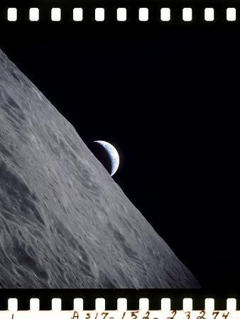 crescent-earth