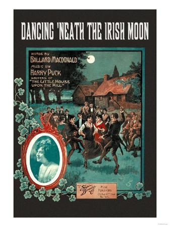 dancing-neath-the-irish-moon