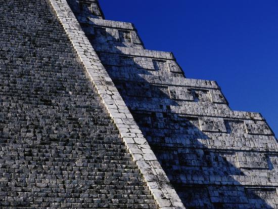 danny-lehman-pyramid-of-kukulcan-at-chichen-itza