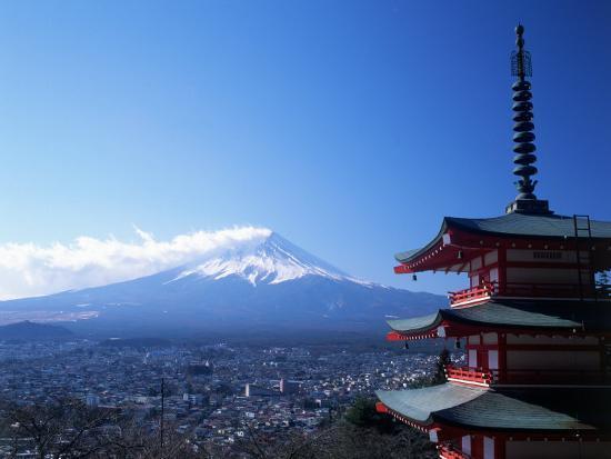 david-ball-pagoda-and-mt-fuji-japan