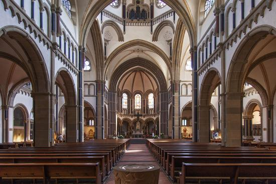 david-bank-the-herz-jesu-kirche-in-koblenz-is-a-catholic-church-in-the-old-town-of-koblenz