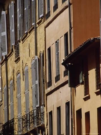 david-evans-houses-on-a-street-in-nice