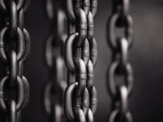 david-h-wells-close-up-of-chain-links