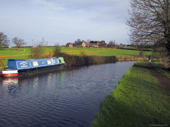 david-hughes-narrow-boat-on-the-worcester-and-birmingham-canal-tardebigge-locks-worcestershire-england
