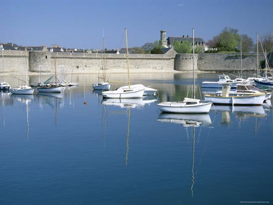 david-hughes-reflections-of-boats-moored-in-harbour-old-walled-town-concarneau-finistere-brittany-france