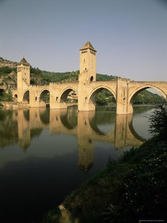 david-hughes-the-medieval-pont-valentre-over-the-river-lot-cahors-lot-midi-pyrenees-france