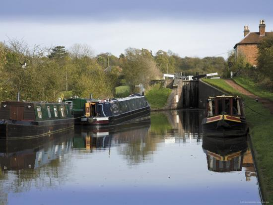 david-hughes-top-lock-the-tardebigge-flight-of-locks-worcester-and-birmingham-canal-worcestershire